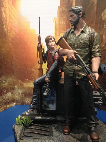last_of_us_post_pan_statue-2