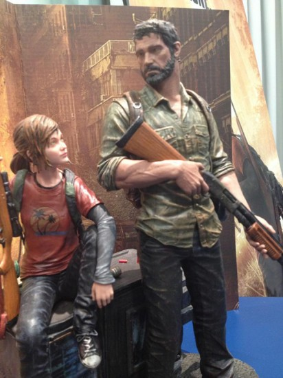 last_of_us_post_pan_statue-3