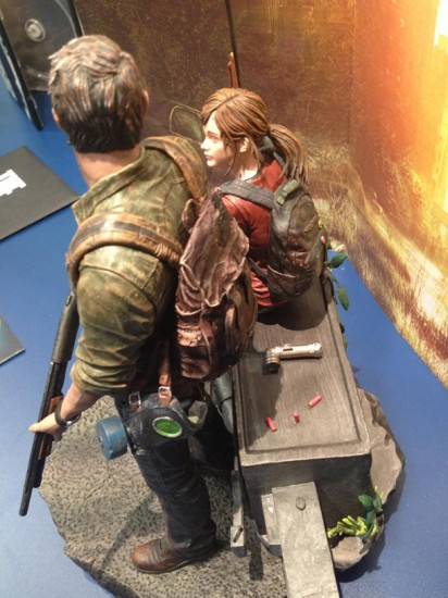 last_of_us_post_pan_statue-4