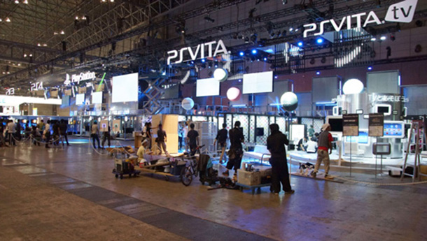 PS-Booth-TGS13-Prev-PlayCommu_001
